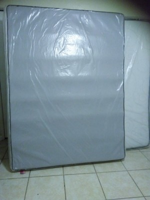 Buy And Sell For Free Online Ibuywesell Queen Mattress