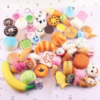 20 PCS Mini Soft Extrusion Bread Toys Keyring Rising Decompression Squeeze Toys Children Gift