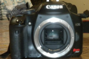 Canon Rebel XSI 450D 12.2MP Digital SLR Camera Mint Condition
