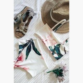 Floralkini Floral Leaf Print Square Neck Crop Bikini Set