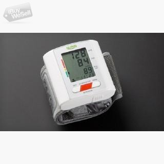 Track Your Blood Pressure with wrist BP Machine